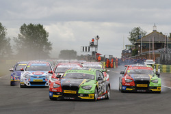 BTCC at Croft