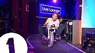 Une course de tricycles avec Jenson Button!