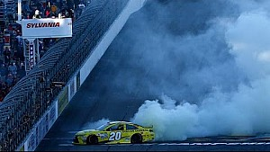 Harvick tombe en panne d'essence, Matt Kenseth s'impose au New Hampshire