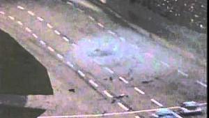 Talladega 1987: Crash nach Reifenschaden