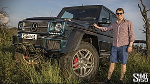 Mercedes-Maybach G 650 Landaulet on SAFARI!