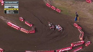 Dungey, Seely square off on the final lap in Daytona