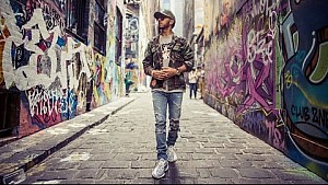 Exploring Melbourne with Lewis Hamilton