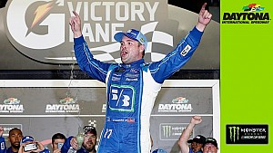 Stenhouse: 'America, we are the champs!'