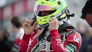 Mick Schumacher presents his helmet