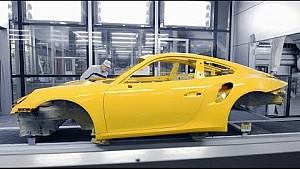 The new multi-coat paint: Saffron yellow metallic.