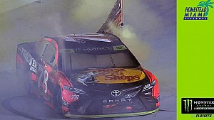 Truex Jr. commences title with championship-caliber burnout
